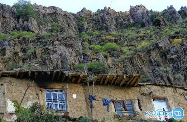 روستای هویه کردستان؛ روستایی پلکانی و زیبا در غرب ایران